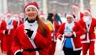 """La """"carrera feliz"""" tiene rostro del Papa Noel"""