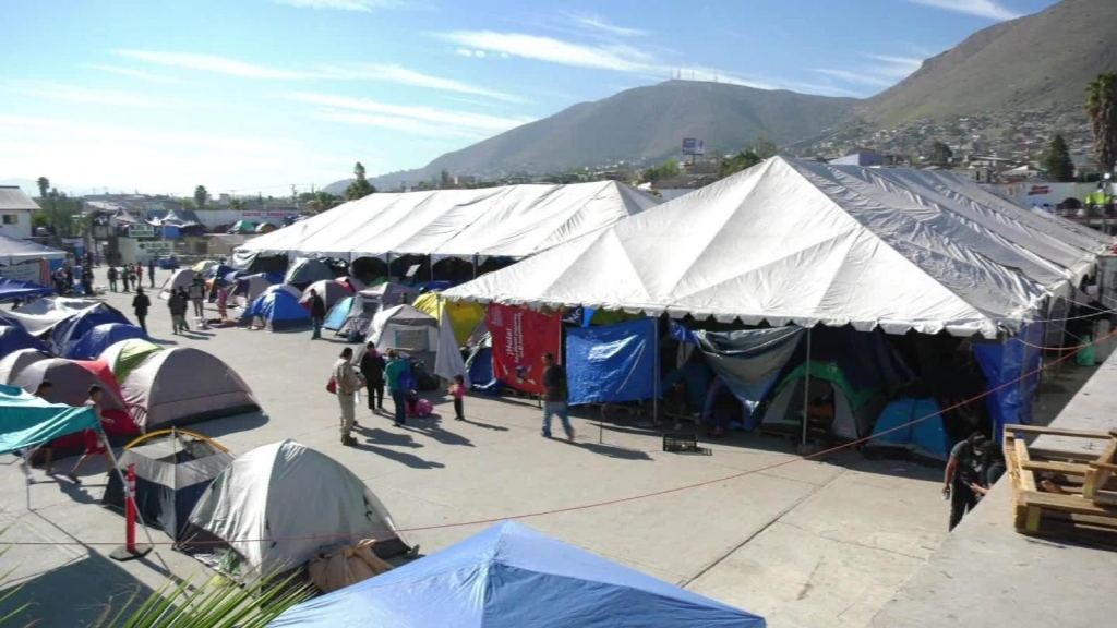 La Navidad agridulce de los migrantes en la frontera con EE.UU.
