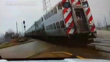 Evitó ser embestido por un tren por apenas segundos