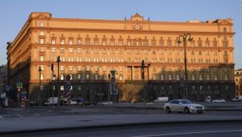 Por presunto espionaje, Rusia arresta a estadounidense