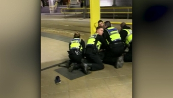 Investigan como ataque terrorista el apuñalamiento de 3 personas
