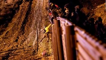 Investigan enfrentamiento entre inmigrantes y Policía Fronteriza