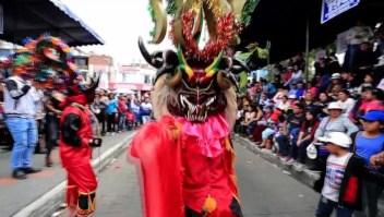 Los diablos del Píllaro, una tradición que pone a bailar a los Andes ecuatorianos