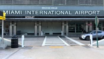 El cierre parcial del gobierno afecta funcionamientos de varios aeropuertos