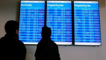 Aeropuerto de Nueva York sufre consecuencias del cierre de gobierno