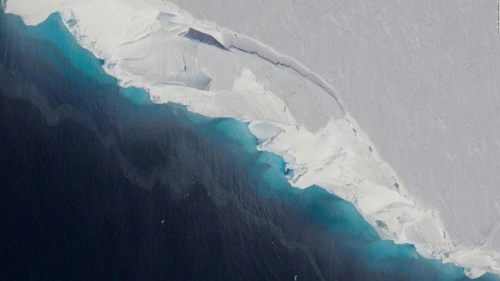 Descubren cavidad glaciar de dos tercios el tamaño de Manhattan