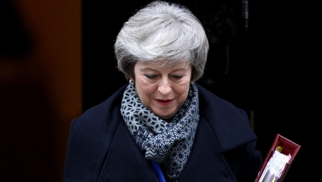 Theresa May sale de Downing Street el 16 de enero de 2019 en Londres un día después de después de sufrir una derrota histórica en la Cámara de los Comunes. Crédito: Dan Kitwood / Getty Images