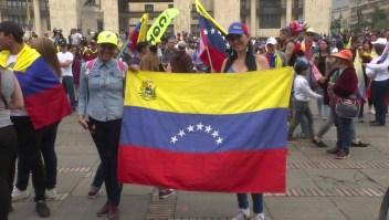 Venezolanos marchan a favor de Juan Guaidó en Colombia