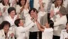 Vestidas de blanco, legisladoras demócratas resaltan el poder femenino