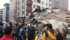 Al menos 2 muertos tras colapsar edificio en Estambul
