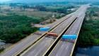 Así es el bloqueo de un puente que une Colombia y Venezuela