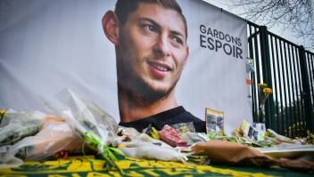 Sacan un cuerpo del avión accidentado de Emiliano Sala