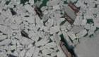 Bahía congelada en China deja cientos de botes varados