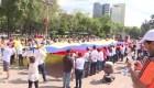 Venezolanos en México marchan a favor de Juan Guaidó