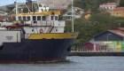 Amenazas de fuego a barco con ayuda humanitaria para Venezuela