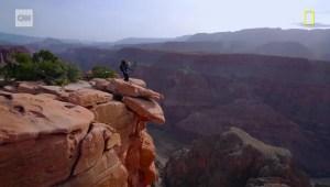 Caminó 1.207 kilómetros a través del Gran Cañón para salvarlo