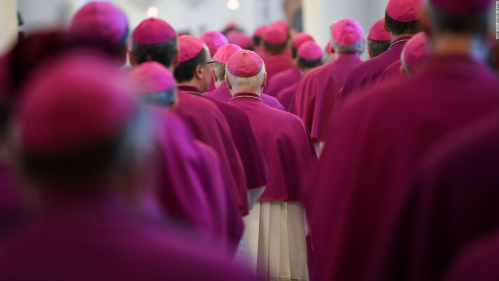 Un equipo intenta erradicar la pederastia en la iglesia católica de México