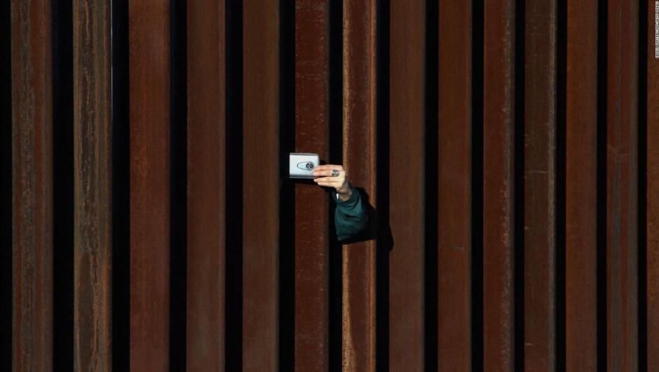 Más de 23.000 personas intentan cruzar la frontera en una semana