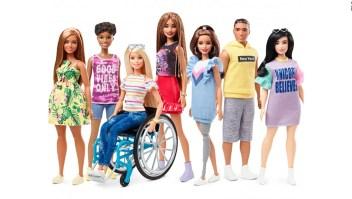 De aniversario la muñeca Barbie