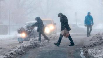 Bomba ciclónica trae nieve, granizo y lluvia a EE.UU.