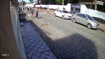 Masacre en Brasil: imágenes de estudiantes escapando del ataque