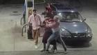 Cuatro jóvenes luchan contra ladrones armados