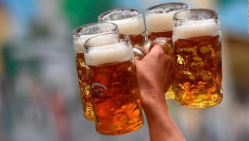 En México buscan prohibir la venta de cervezas frías