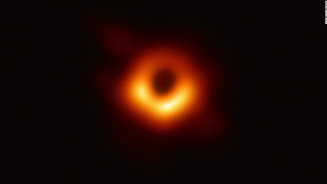 Así se ve un agujero negro