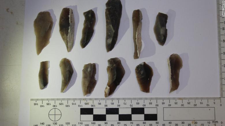 encuentran sacrificios humanos herramientas foto arqueología