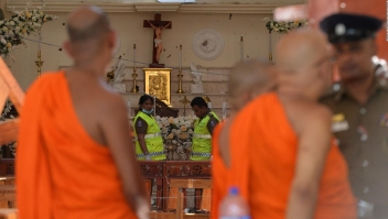 Sri Lanka apunta a grupo radical por ataques terroristas