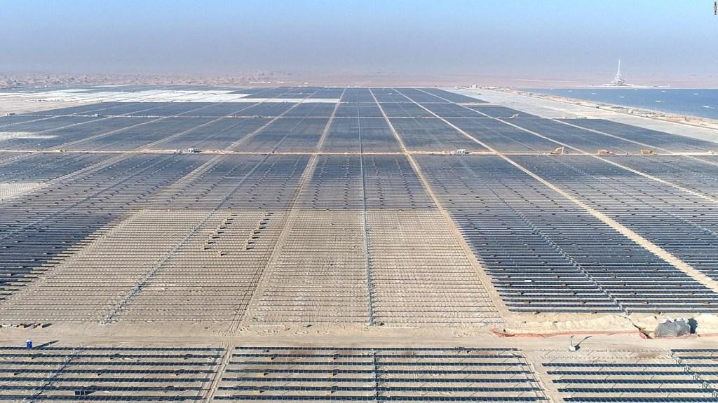Dubai invierte miles de millones en energía solar