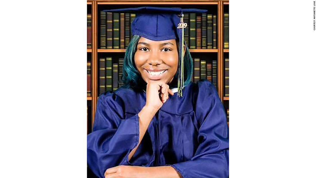 Ganó 3,7 millones de dólares en becas y 115 aceptaciones universitarias