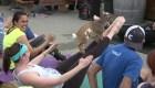 Furor por el yoga con cabras