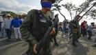 Video muestra a guardias nacionales respaldando a Guaidó