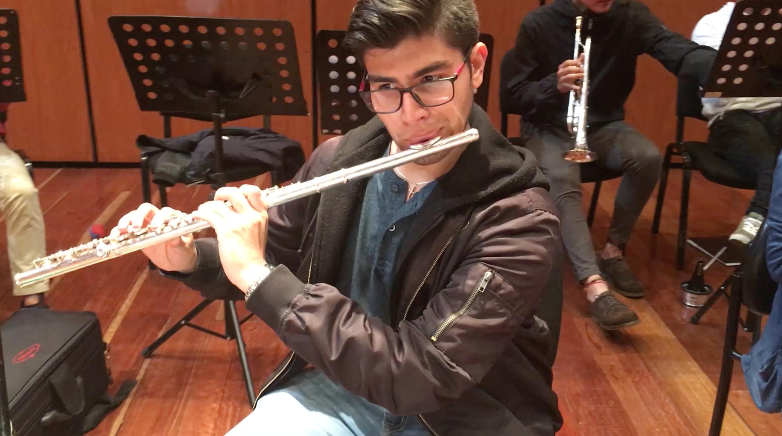 Orquesta A la Colombiana venezolanos colombianos proyecto ser humano David Reyes José David Rodríguez