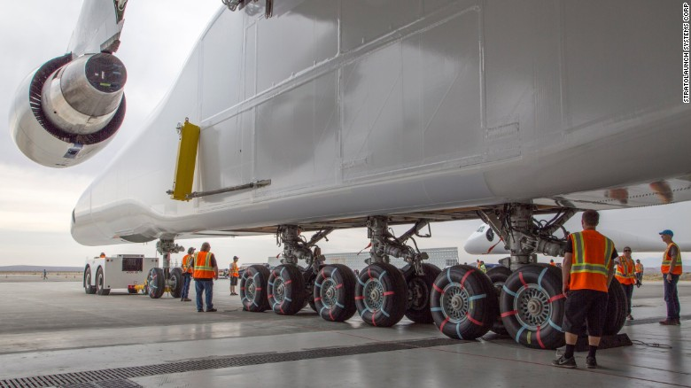 stratolaunch-avion