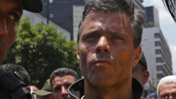 Ordenan la detención de Leopoldo López