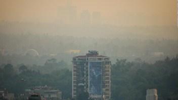 """Ciudad de México vive """"situación ambiental extraordinaria"""""""