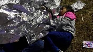 Niños inmigrantes en custodia de EE.UU. duermen en el suelo