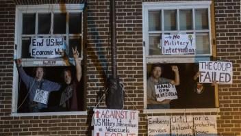 Continúa la ocupación de la embajada de Venezuela
