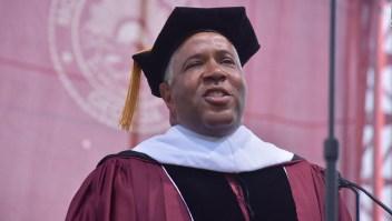 #CifraDelDía: 394 graduandos de Morehouse College liberados de US$40 millones en deudas