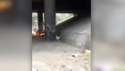 Prenden fuego a dos indigentes en Argentina