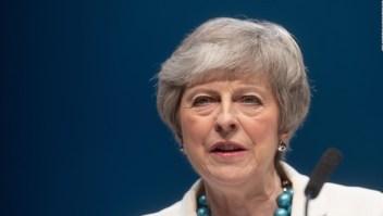 Theresa May: desafiante y poderosa