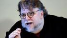 Guillermo del Toro paga vuelos a niños para ir a Sudáfrica