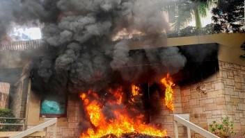Incendian fachada de embajada de EE.UU en Honduras