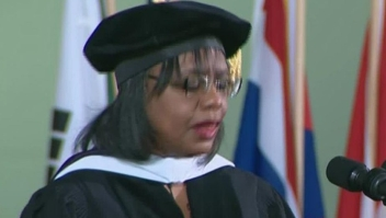 Anita Hill no se rinde