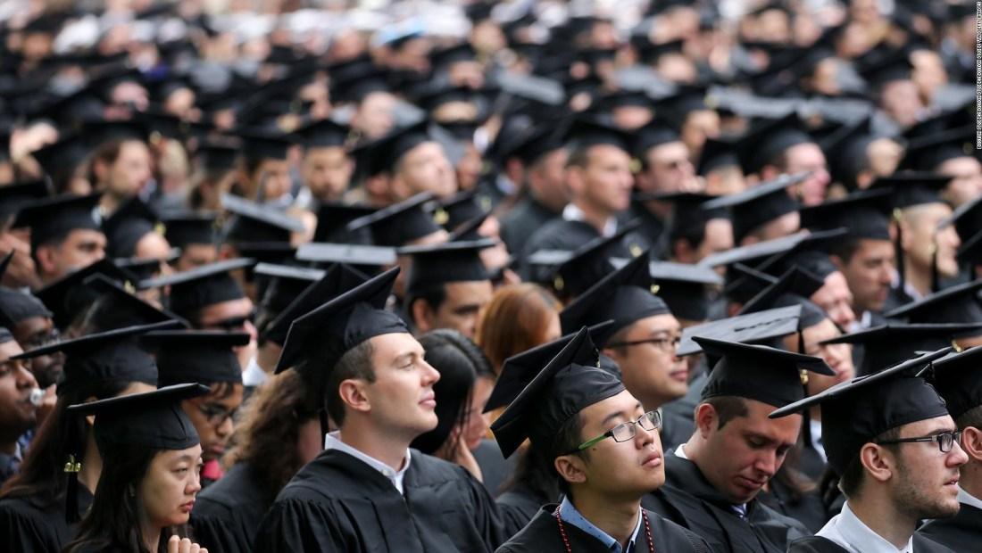 Los retos para los recién graduados en EE.UU.