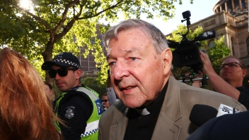Cardenal Pell podría salir de prisión, según sus abogados