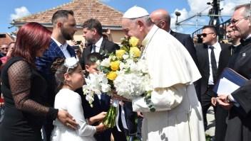 Papa Francisco pide perdón a gitanos por ser discriminados