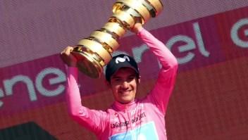 Ecuador celebra la victoria del ciclista Carapaz